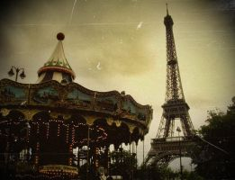 caroussel:eiffel by queen-cannibal