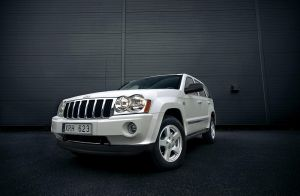 Jeep Grand Cherokee by dejz0r