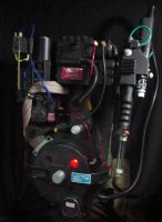 Ghostbusters Proton Pack by jonathaneike