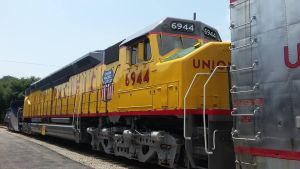 Union Pacific Centennial #6944 by MSKM2001