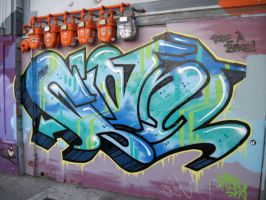 Giant graffiti by Gcrackle1