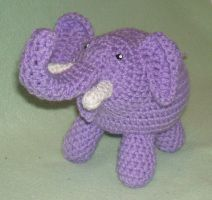 Lilac Elephant by Feilan