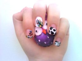 Animal inspired Nail Design by Experimently-Bernsie