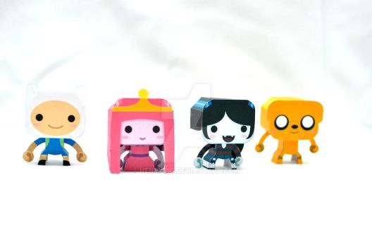 Mini Adventure Time Papercraft by henrydig