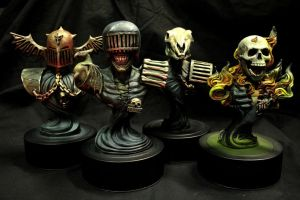 Dark Judges bust set by redtrackz