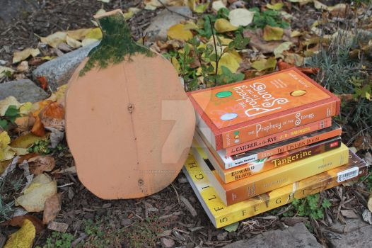 Oct. Day 22: Books and Pumpkins by DiaphanousRainbow