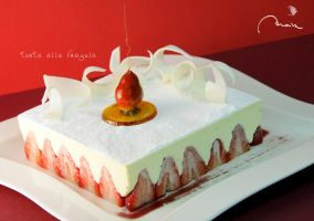 :: strawberry cake by moiraproject