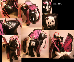 Real Cutsom Betha by RevRuby