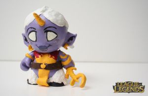 Soraka Sculpture by OH-MisterLoki