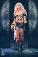 RWBY Yang Xiao Long Cosplay by elleimarie