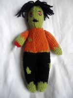 Zombie Plushie by holls