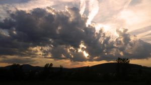 Clouds again:3 by TakyJedenChalan