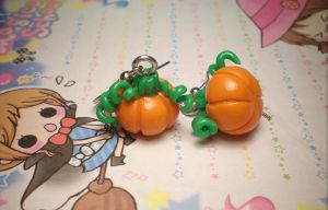 Cute Pumkin Earrings by stevoluvmunchkin