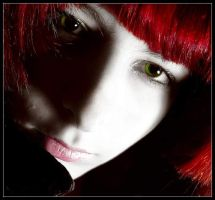 green red black as a portret by Serret
