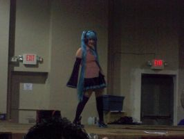 Retica as Miku2 by willgame4food
