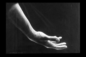 The Hand of Hope by teutelquessir