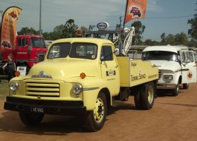 Bedford tow truck parked by RedtailFox