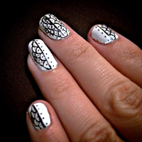 White and Black Detailed Nails by B-Southern