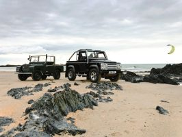 Land Rover Defender SVX by TheCarloos