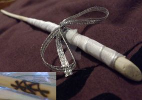 Hand made wand by RobynSmaleBeorg