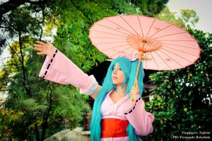 Miku in Pink by Neferet-Cosplay