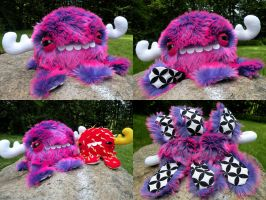 Large Monstroctopus- Thimby by loveandasandwich