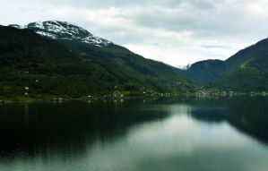 Sailing the fjords to Skjolden 52 by abelamario