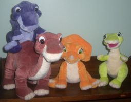 The Land Before Time Plush by ChipmunkRaccoon2