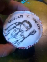 william T spears cupcake by myriddin-the-cursed