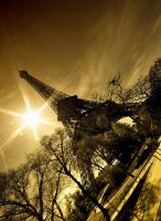 la tour eiffel IV by PaLiAnCHo