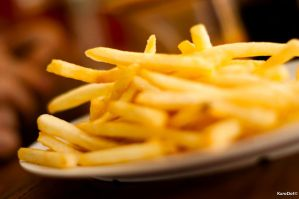 Plate of Fries by KuroDot