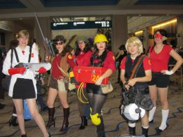 Team Fortress Girl Squad by Verlerious