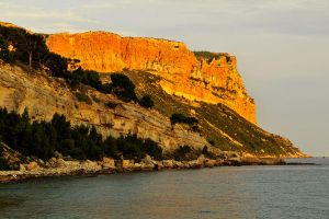 Golden sunset 2 - Cassis by wildplaces