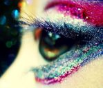 Rainbow blurry eyes. by xJNFR
