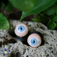 Oracle Blue Eye Plugs by JulieBeloussow