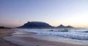 Panorama of Table Mountain by parallel-pam