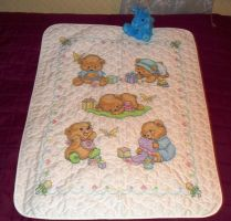Baby bear quilt by Honeykitten