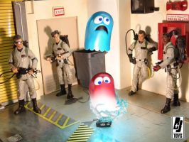 Ghostbusters vs Pac-man ghosts by briqnbrakstoys