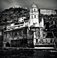 Santa Margherita in black and white by frei76