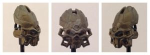 Some sort of repaint of the gold skull spider mask by Thedinosaurgirl7