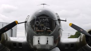 B-17 nose by shelbs2