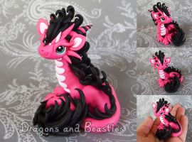 Sculptober: Curly by DragonsAndBeasties