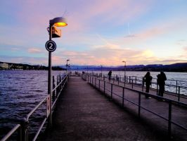 The embankment of the lake. by Rinaguse
