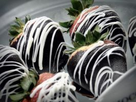 chocolate covered strawberries by kexiaohuax3