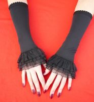 Black Ruffle Gloves by Estylissimo