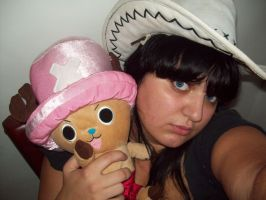 Nico Robin and Chopper by claudia1542
