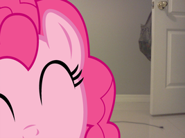Pinkie Pie why are you so hap- OMG by luisbonilla