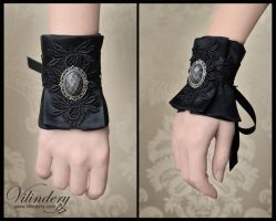 Little Black gothic bracelet with cameo by vilindery