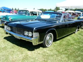 '65 Lincoln Continental ragtop by RoadTripDog