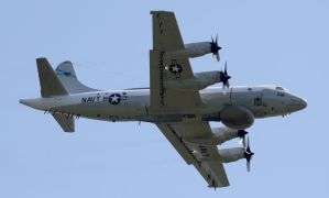 Lockheed EP-3C Flyby by shelbs2
